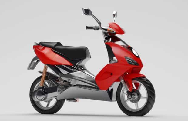 Ny rød scooter